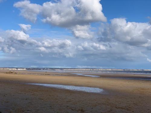 Fraisthorpe Beach Looking North
